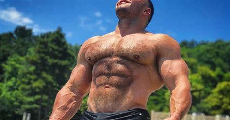 Speedo Musings: Muscle Bear