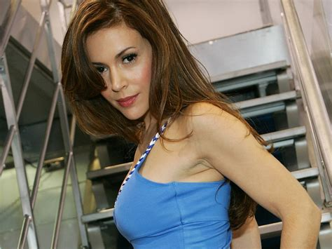 Alyssa Milano Wallpapers, Pictures, Images