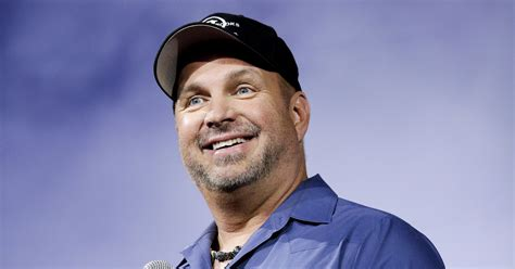He's Back! Garth Brooks Announces New Music, World Tour
