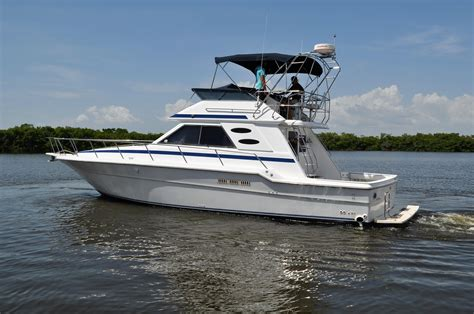 sea ray  convertible power boat  sale www