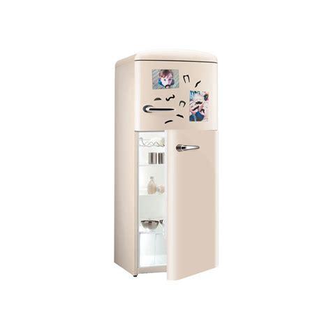 aimant decoratif pour frigo aimants pour frigo moustaches cadeau design sur logeekdesign