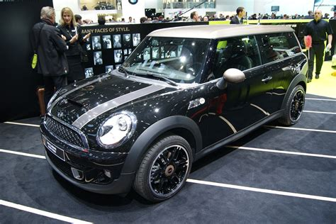 mini clubman bond street revealed auto express