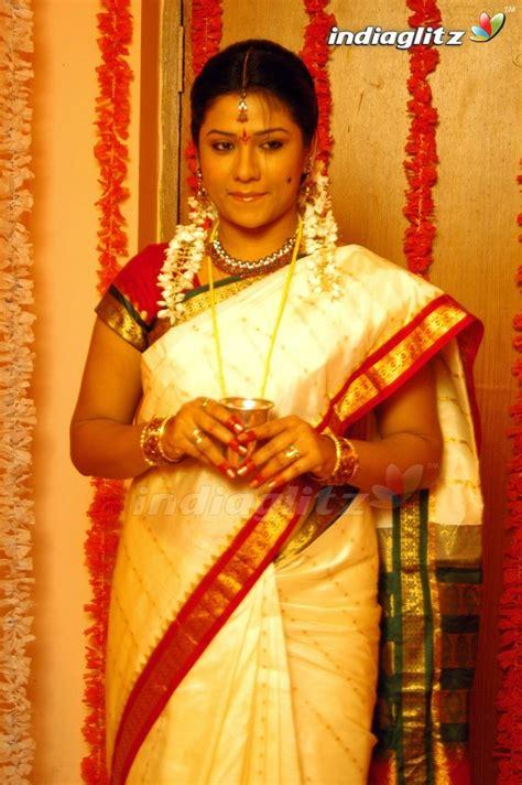 tamil actress jyothi images jyothi tamil actress image gallery indiaglitz
