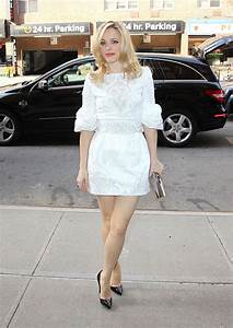 The Toe Cleavage Blog  Rachel Mcadams Week