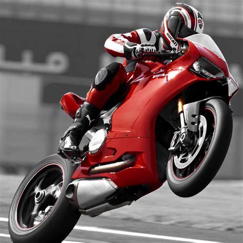Download Ducati 1199 2048 X 2048 Wallpapers