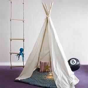 Tipi Enfant Exterieur : d coration tipi pour chambre d 39 enfant elle d coration ~ Teatrodelosmanantiales.com Idées de Décoration