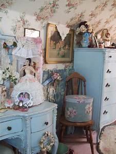 Shabby Chic Stühle : shabby chic bedroom shabby chic victorian decor pinterest shabby chic blue and blue dresser ~ Orissabook.com Haus und Dekorationen