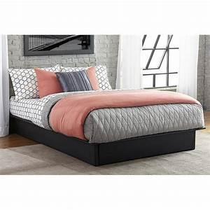 Leather Upholstered Platform Bed in Black - 40250X9