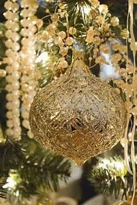 Christmas Ornaments Lights Balls 40 Gold Christmas Decorations Ideas Decoration Love