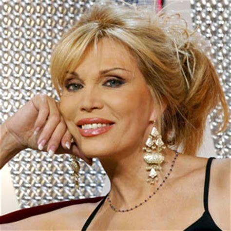 classement meilleur cuisine au monde amanda lear la chanteuse française la mieux payée en