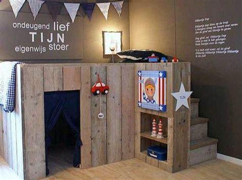 Kinderzimmer Junge Hochbett by Hochebene Und Spielbett F 252 Rs Kinderzimmer In Einem Eine