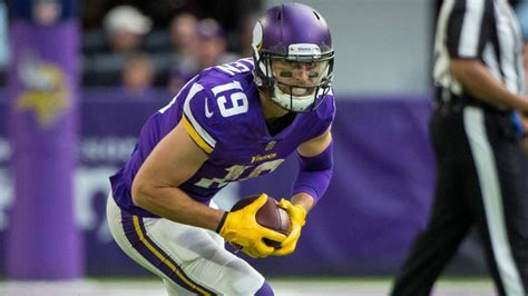 monday night football odds  vikings  seahawks picks