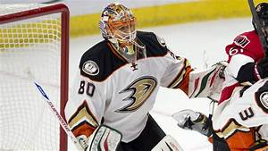 Better-conditioned Ilya Bryzgalov returns to Ducks' goal ...