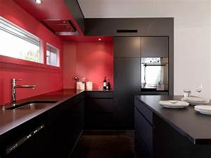 red kitchen paint pictures ideas tips from hgtv hgtv With red kitchen designs photo gallery