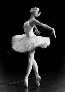 Ballerina Photo in Black & White, Russian Dancer ...