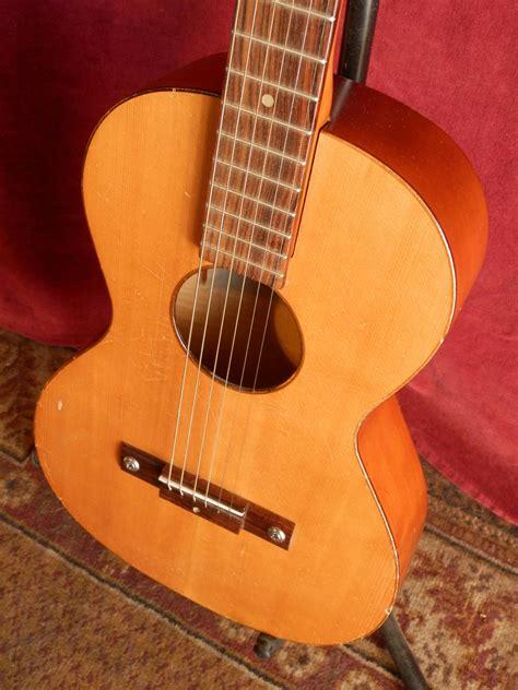 Framus Wanderlust Acoustic Guitar
