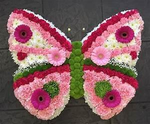 Beerdigung Schöne Ideen : butterfly funeral wreath schmetterling pinterest blumenstrau blumen und grabgestaltung ~ Eleganceandgraceweddings.com Haus und Dekorationen