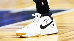 bryant nba players pay tribute with sneakers