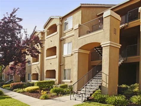 roseville apartments with garages at galleria apartments roseville ca 95678