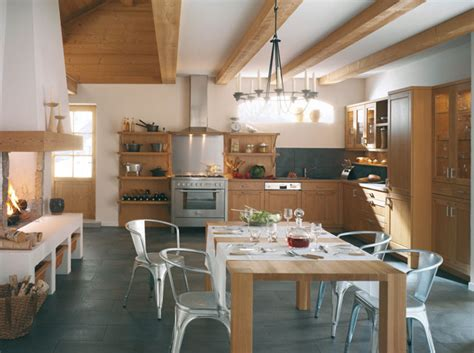 cuisine maison bois cuisine le tour des tendances en 3 styles