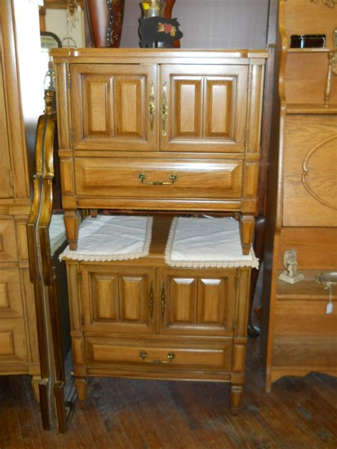 bedroom set  continental vanleigh  sale