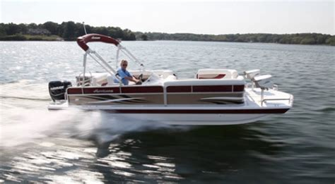 Hurricane Deck Boat On Choppy Water by Hurricane Fundeck 226f Ob 2013 2013 Reviews Performance