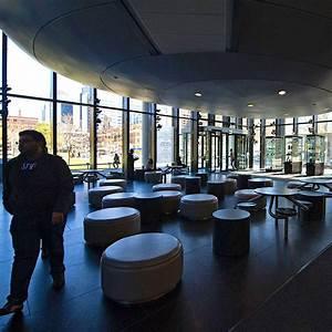 University Of Toronto  Daunting Size  World
