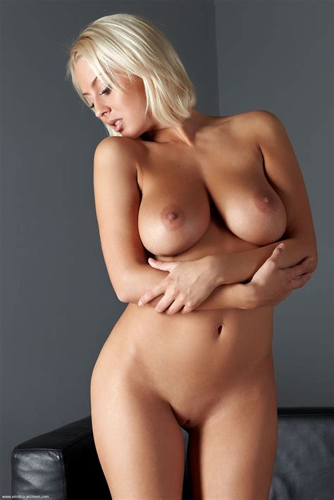 Busty Blonde Petia By Errotica Archives 16 Photos Erotic Beauties