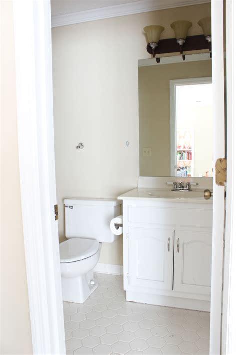 tips  painting  bathroom vanity  playroom