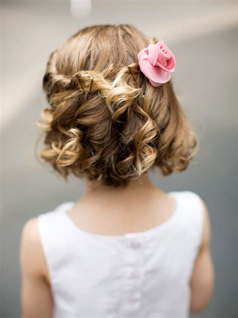 Flower Updo Hairstyles by 14 Adorable Flower Hairstyles