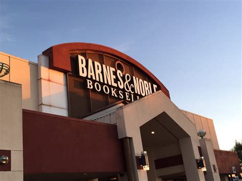 barnes and noble san jose barnes noble booksellers 185 photos 294 reviews