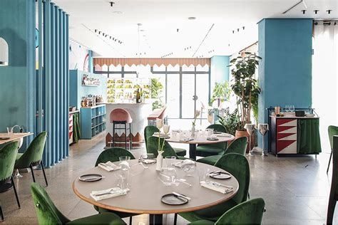 Discover The Incredible KalÉo Restaurant Interior Design