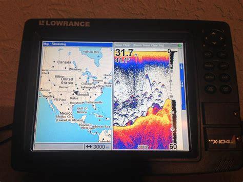 find lowrance lcx   color gps sonar fish finder