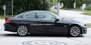Bmw Serie 3 Coupé : 2010 bmw 3 series coupe facelift spy shots ~ Gottalentnigeria.com Avis de Voitures