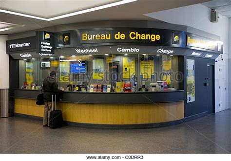 bureau de change birmingham airport canvi stock photos canvi stock images alamy