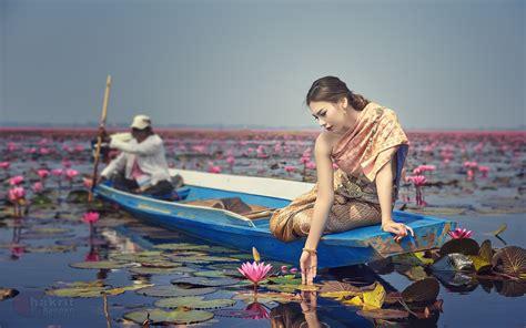 Girls On Boats by Romantic Walk Boat Lake Lotus Blossoms Girl Hd Wallpaper