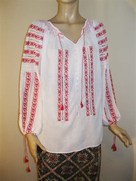 embroidered peasant blouse marion ravenwood indiana jones embroidered peasant