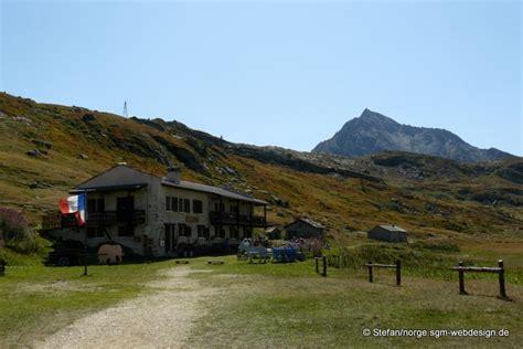refuge du petit mont cenis lac roterel und mont cenis sgm travel