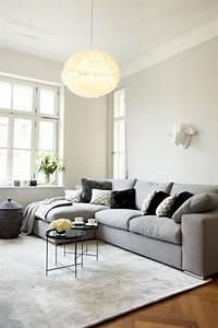 Teppich Unter Sofa : die besten 25 ecksofa grau ideen auf pinterest ecksofa design graues sofa design und ecksofa ~ Markanthonyermac.com Haus und Dekorationen
