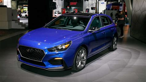 hyundai elantra gt   brings hot hatch   detroit