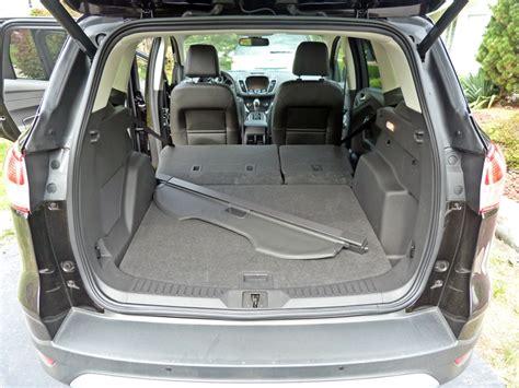 review  ford escape titanium  truth  cars
