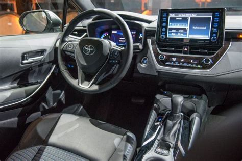 Toyota Corolla 2020 Interior by 2020 Toyota Corolla Debuts With New Styling More Power