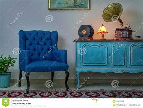 lada da tavolo antica poltrona credenza chiaro di legno d annata