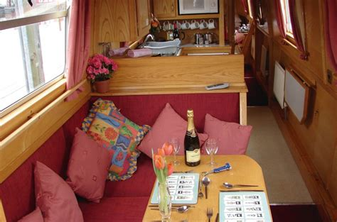 Clc Canal Boats by Canal Boat Holidays Uk Clc World Resorts Hotels