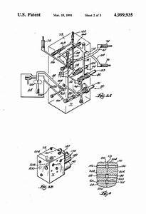 Patent Us4999935