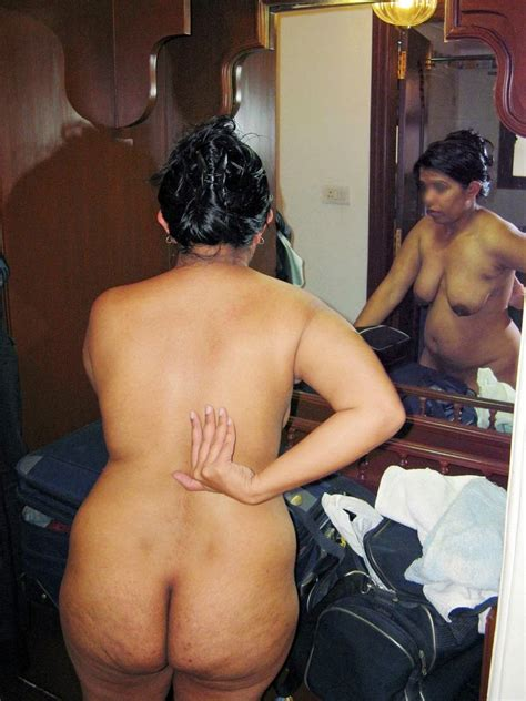 Desi Moms Sex Photos Mummy Ki Moti Chuchi Ka Doodh Piya