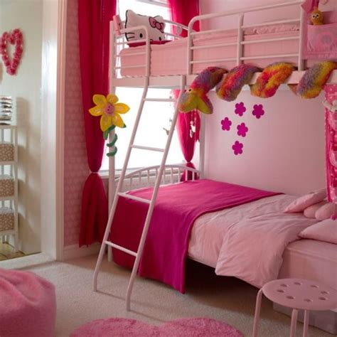 10 Beautiful Wallpaper Designs For Girl's Bedroom Rilane