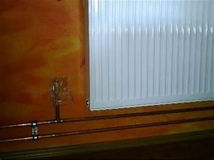 Fassade Streichen Temperatur : im ganzen haus wurden neue aufputz heizungsrohre aus kupfer verlegt ~ Markanthonyermac.com Haus und Dekorationen