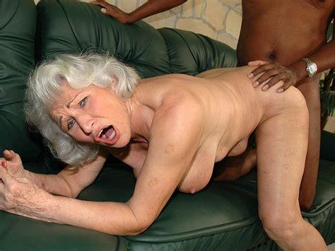 Interracial Granny Fuck Free Interracial Daftsex Porn Video