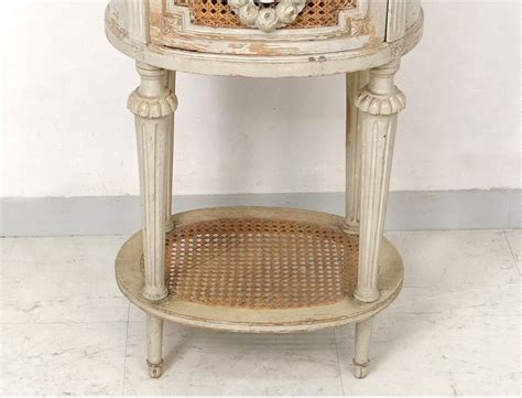 tables de chevet anciennes table chevet ovale louis xvi bois laqu 233 cannage marbre couronne xix 232 si 232 cle
